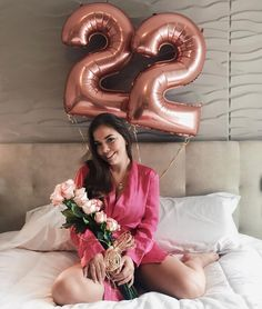 Instagram: @brukeiser  💐 . . . . . #girl #bday #birthday #birthdaygirl #bdaygirl #aniversario #menina #tumblrgirl #tumblr #... Happy Birthday Notes, 22nd Birthday, Happy Birthday Images, Diy Birthday, Birthday Party Decorations, Birthday Celebration, Cute Birthday Pictures, Birthday Photos, Balloon Pictures