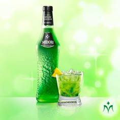 Midori Palm parts SKYY Infusions® Coconut Vodka*** parts MIDORI*** part Lime Juice*** 4 parts Ginger Ale Sounds like a drinkl for Heidie and me. Midori Cocktails, Cocktail Drinks, Alcoholic Drinks, Beverages, Coconut Vodka, Cocktail Making, Ginger Ale, Summer Drinks, Cocktails