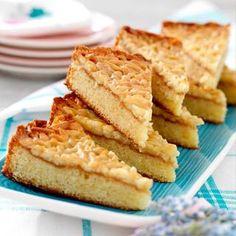 Viria, Almond Cakes, Dessert Recipes, Desserts, Kitchen Recipes, Let Them Eat Cake, I Love Food, Apple Pie, Cornbread