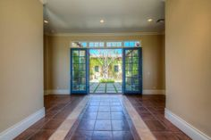 That's the entrance to a stunning courtyard with garden.