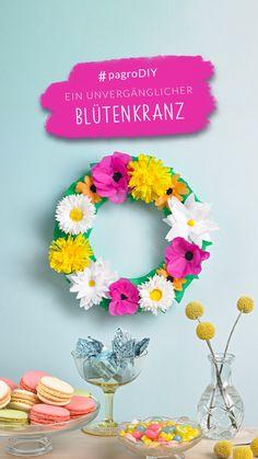 #papierblumen #blumenkranz #pagroDIY #pagro Minis, Diy, Floral Wreath, Creative Ideas, Do Crafts, Bricolage, Diys, Handyman Projects, Do It Yourself