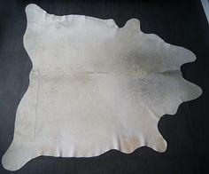 Koeienvacht grijs-wit  € 199.95 220 x 220 cm