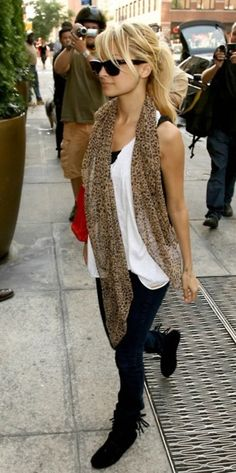 cute leopard scarf done right