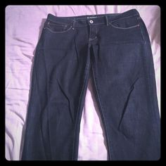 Levis Dark blue jeans modern rise skinny fit Well made Levi skinny jeans size 31...worn once so they are in great condition! Levi's Jeans Skinny