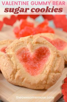 Valentine Gummy Bear Sugar Cookies are super easy, yet impressive. Wow everyone with the surprise ingredient - gummy bears! Sugar Cookies From Scratch, Homemade Sugar Cookies, Sugar Cookie Dough, Baking Cookies, Sugar Cookies Recipe, Cookie Desserts, Easy Desserts, Cookie Recipes, Delicious Desserts