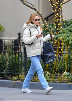 Religious Magic And Spiritual Ability Element One Liloth Fans Site Lily Rose Depp Style, Lily Rose Melody Depp, Lily Depp, We Wear, How To Wear, Girls Rules, Cool Girl, Celebrity Style, Winter Fashion