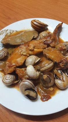 Snails Recipe, Spanish Kitchen, Chicken Salad Recipes, Special Recipes, Garlic, Stuffed Mushrooms, Beans, Food And Drink, Vegetables