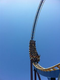 #SixFlags Magic Mountain #rollercoaster   cal-i-for-ni-ay