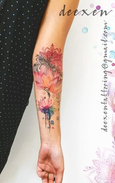 200 photos of female tattoos on the arm as inspiration – photos and t … - diy tattoo images Best Sleeve Tattoos, Wrist Tattoos, Sexy Tattoos, Unique Tattoos, Cute Tattoos, Beautiful Tattoos, Body Art Tattoos, Small Tattoos, Female Tattoo Sleeve