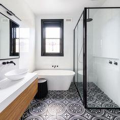Bespoke Bathroom - Vetralla, Napoli 57 - Victoria + Albert Baths Bathroom Inspiration, Interior Inspiration, Victoria And Albert Baths, Interior Design And Build, Victorian Style Homes, Black And White Theme, Victorian Bathroom, English House, Bath Decor