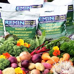 Remin volcanic rock dust is a fantastic natural source of minerals which helps to rejuvenate soils, helping boost soil fertility and plant growth.