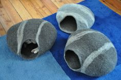 felted cat pods...