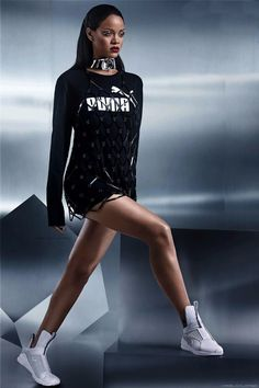 Tendance Basket 2017 – Rihanna wearing Puma by Rihanna Fenty Trainers in White and Fannie Schiavoni Dia… Estilo Rihanna, Mode Rihanna, Rihanna Riri, Beyonce, Cute Gym Outfits, Nike Outfits, Sport Outfits, Casual Outfits, Fashion Outfits