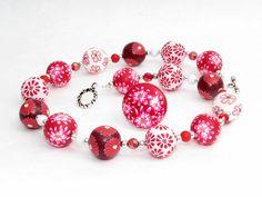 red necklace Erdbeer Kette Fimo Perlen Polymer Clay Lampwork   von Künstler-Perlen und Schmuck aus Polymer clay und Fimo auf DaWanda.com