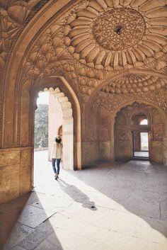 3 Days in Delhi - Beauty, Chaos, and Color — This Life Of Travel Jantar Mantar, San Francisco Shopping, Humayun's Tomb, Mughal Architecture, North India, Hindu Temple, Delhi India, Agra, Stunning View