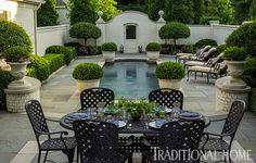 'Pretty, polished garden in Illinois.' Landscape architect Douglas Hoerr. Bob Stefko photo in Traditional Home.