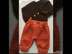 Knitting For Kids, Baby Knitting Patterns, Crochet For Kids, Crochet Baby, Pull Bebe, Baby Pullover, Knitted Baby Clothes, Baby Sweaters, Boy Fashion