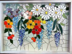 Mosaic dog by Solange Piffer Mosaic Tray, Mosaic Tile Art, Mosaic Crafts, Mosaic Projects, Mosaic Garden Art, Mosaic Flower Pots, Mosaic Pots, Mosaic Glass, Mosaic Designs