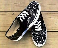 Image via We Heart It #adorable #art #aztec #beautiful #beauty #black #colors #cute #fashion #girly #love #perfect #pretty #print #shoes #sneakers #style #summer #sweet #tumblr #vans #white