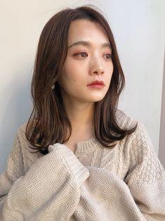 Medium Hair Styles, Short Hair Styles, Korean Short Hair, Health And Beauty Tips, Asian Girl, Eye Makeup, Beauty Hacks, Hair Cuts, Hair Color
