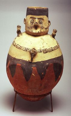 Chancay Humanoid figure vessel