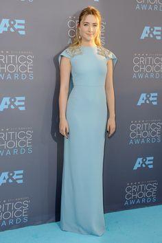 Saoirse Ronan wore a dress from Antonio Berardi's spring/summer 2016 collection. #CriticsChoiceAwards #RedCarpet