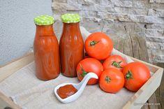 Ketchup de casă cremos ca cel din comerț însă fără conservanți | Savori Urbane Ketchup, Urban, Canning, Vegetables, Food, Preserves, Home Canning, Vegetable Recipes, Eten