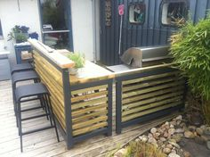 Cattis och Eiras Trädgårdsdesign: Nu börjar vårt utekök bli klart Outdoor Areas, Rooftop, Blogg, Outdoor Furniture Sets, Outdoor Decor, Backyard, Patio, Helsingborg, Summer Kitchen