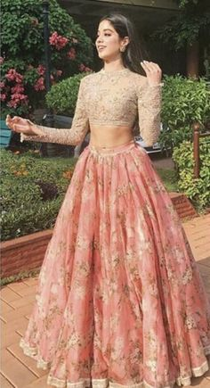 Get yourself dressed up with the latest lehenga designs online. Explore the collection that HappyShappy have. Select your favourite from the wide range of lehenga designs Indian Gowns Dresses, Prom Dresses With Sleeves, Indian Fashion Dresses, Indian Designer Outfits, Cheap Prom Dresses, Designer Dresses, Dress Fashion, Dress Prom, Pink Dresses