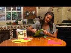 This girl shows us how to make figures of fruit with foamy for children. They learn the names of fruits, besides which are the healthiest fruit and they can also make figures of food, so at the same time that they are doing it they are learning.