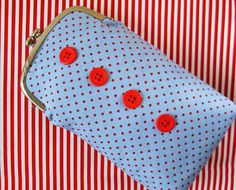 Your place to buy and sell all things handmade Frame Purse, Red Button, Pouch, 1, Buttons, Purses, Sewing, Metal, Fabric