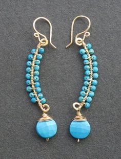 Curved earrings wrapped with turquoise Luxe Bijoux 84 Etsy Bead Jewellery, Metal Jewelry, Beaded Jewelry, Jewlery, Wire Wrapped Earrings, Bead Earrings, Earrings Online, Earrings Handmade, Handmade Jewelry