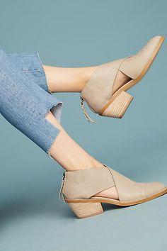 Anthropologie Splendid Danele Cutout Boots