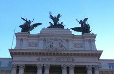 Uno de los edificios más impresionantes de Madrid,  es el Antiguo Palacio de Fomento. Este edificio fue construido… http://www.rutasconhistoria.es/loc/edificio-ministerio-de-agricultura