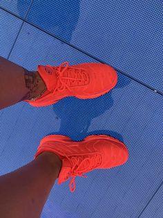 fa786d84e3 Tenis Da Nike Feminino, Saltos, Guarda Roupa, Sapatilhas, Tênis Bonitos,  Tênis