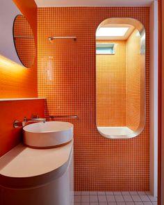 small orange tiles in bathroom bathroom hacks bathroom grey bathroom remodel ideas girls bathroom ideas bathroom accesories bathroom organization bathroom lighting ideas for bathroom Bathroom Interior, Modern Bathroom, Small Bathroom, Master Bathroom, Bathroom Grey, Washroom, Mosaic Bathroom, Bathroom Colors, Orange Bathrooms Designs
