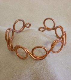 Wire Jewelry Copper Wire Bracelet - Free jewelry tutorials, plus a friendly community sharing creative ideas for making and selling jewelry. Copper Wire Jewelry, Wire Wrapped Jewelry, Beaded Jewelry, Handmade Jewelry, Copper Bracelet, Handmade Rings, Hammered Copper, Silver Jewelry, Custom Jewelry