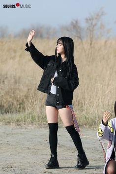 School Girl - Her Crochet Cute Asian Girls, Beautiful Asian Girls, Cute Girls, Kpop Fashion, Korean Fashion, Night Outfits, Girl Outfits, G Friend, Extended Play