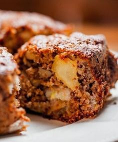 42 Ideas Breakfast Cake Banana For 2019 I Love Food, Good Food, Yummy Food, Food Cakes, Cupcake Cakes, Beef Recipes, Cake Recipes, Greek Burger, Food Porn
