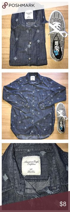 American Eagle Outfitters denim long sleeve American Eagle Outfitters denim long sleeve god condition American Eagle Outfitters Tops Tees - Long Sleeve