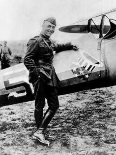 Captain Eddy Richenbacker shot down 26 planes making him the top ace in the American Air Service. Earned the Croix de Guerre, Distinguished Service Cross, Legion d'Honeur and Congressional Medal of Honor. Wilhelm Ii, Kaiser Wilhelm, World War One, First World, Eddie Rickenbacker, American Air, Ap World History, Military History, Sport