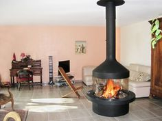 Gas fireplace / wood / contemporary / closed hearth - MEIJIFOCUS - Focus
