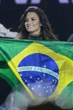 Demi no Villa Mix 01 de julho