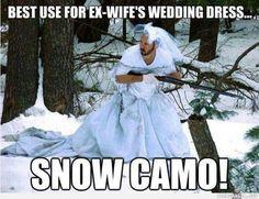 Kierrätysvinkki: Ex-vaimon hääpukua voi käyttää talvimaastoasuna metsästyksessä