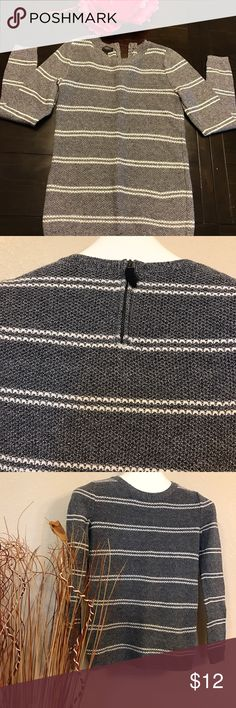 Talbots woman's long sleeve Knit top Sz P In good condition. No stains no rips. Talbots Tops Blouses
