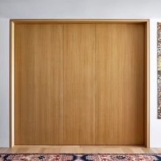 Conceal, reveal. #bathrooms #timber #doors #pivot #flush #animated #minimal #sydneyarchitecture #tobiaspartners (images: @justinalexanderphoto)