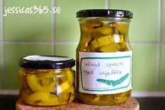 Inlagd 11/12-9 2020. Från Paul´s och mammas odling. Ej avsmakad :). Pickles, Squash, Cucumber, Jar, Food, Pumpkins, Gourd, Essen, Meals