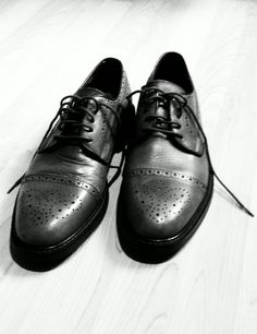 French toe or wing tip.