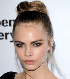 makeup - Cara Delevigne