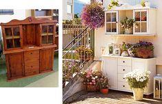 Gamle stuemøbler med utendørsmalong på terrassen